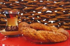 Turkish tea and simit - like a taste of heaven