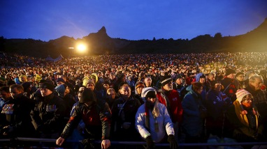 Visitors from Australia and New Zealand attend a dawn ceremony marking the 100th anniversary of the Battle of Gallipoli, at Anzac Cove in Gallipoli