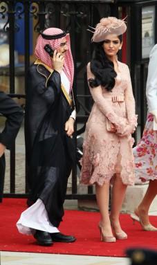 Prince+Al+Waleed+bin+Talal+Princess+Ameerah+rIMDffdZoq3l