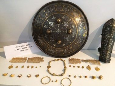 sumerian artefacts